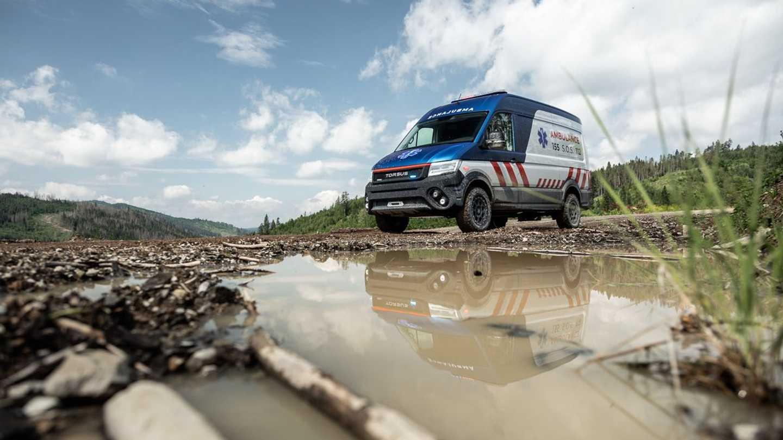 Torsus Terrastorm Ambulance Front